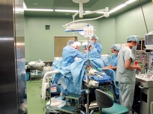 手術室 - 塩山市民病院